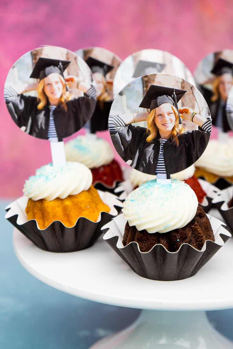 7 Picture Perfect Graduation Decorations To Celebrate In Style