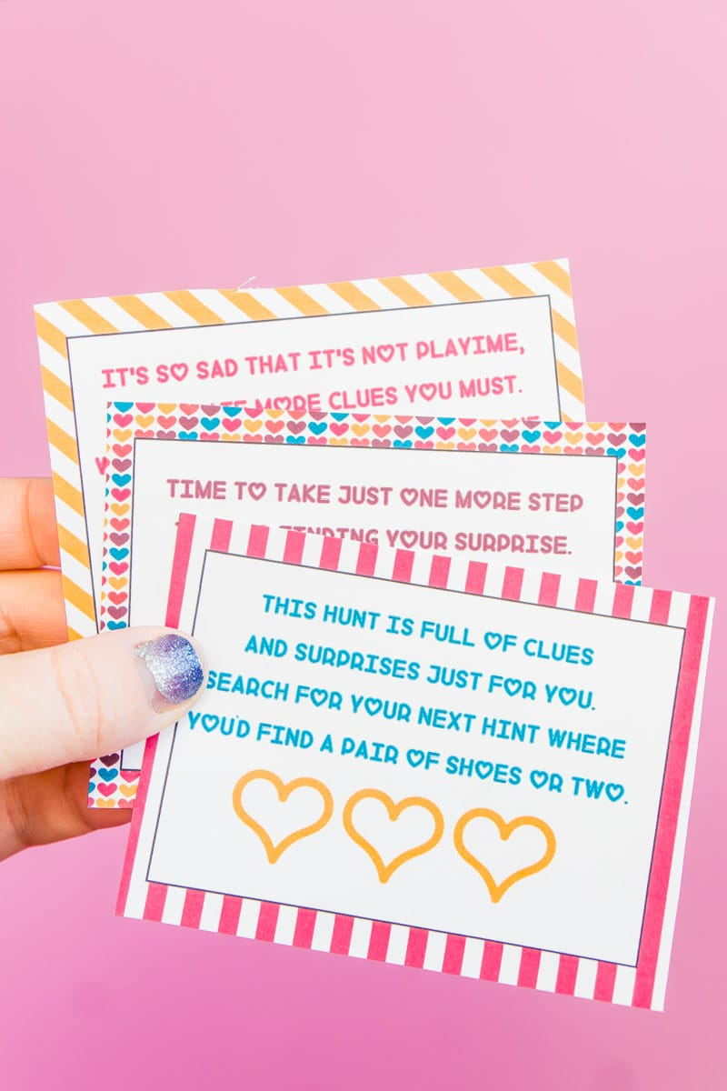 Cute printable Valentine's Day scavenger hunt clues