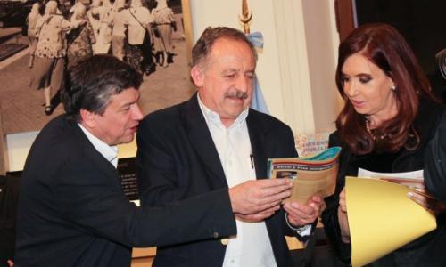 Wasiejco antes de ser derrotado, con Hugo Yasky y Cristina Fernández.