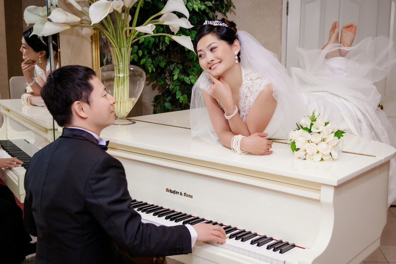 wedding venues with piano