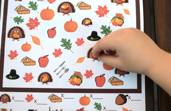 Thanksgiving I Spy - free printable game for kids!