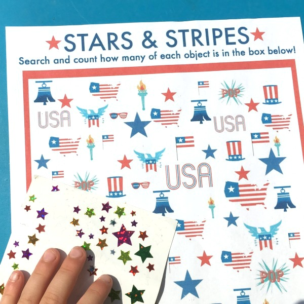 Print and play this Stars and Stripes I spy game!