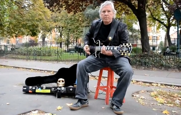 James Williamson playing Raw Power in streets of Paris, by Gui Brigaudiot.