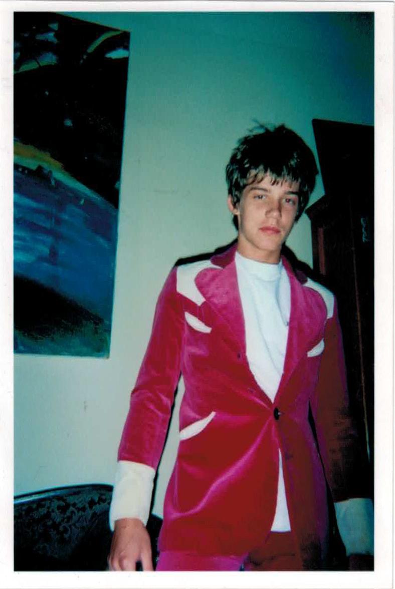 luke_pink_suit