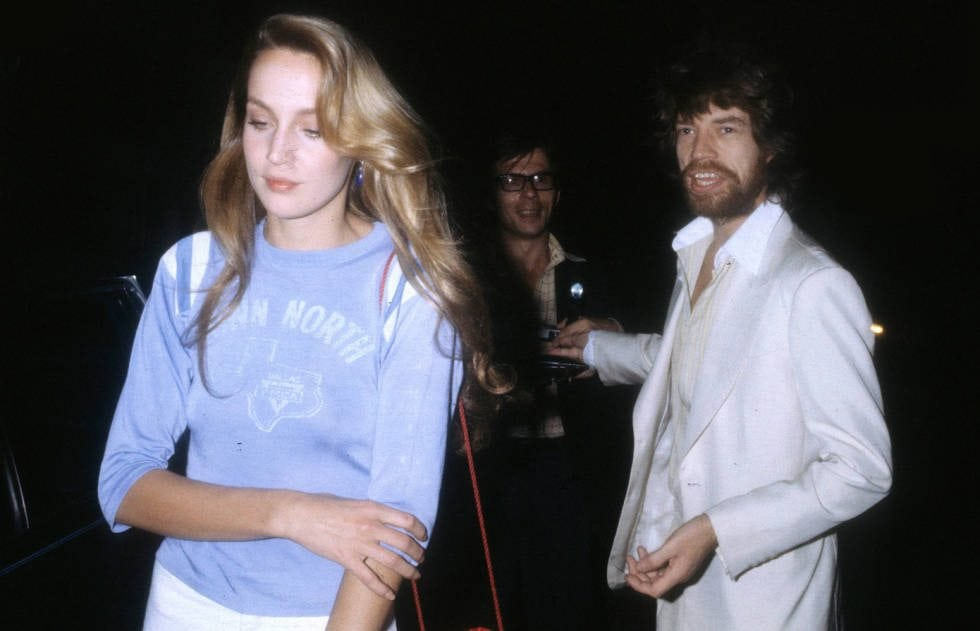 540fdad5d51e8_-_jerry-hall-normcore