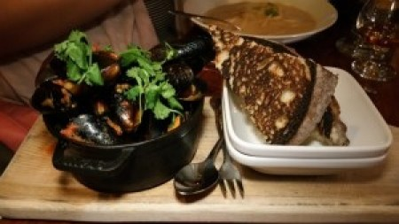 Steamed Blue Mussels