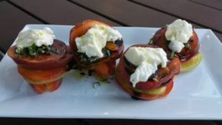 Heirloom Tomato & Peach Salad (Reiger peaches, heirloom romatoes, Mimmo's burrata, 6-year balsamic)