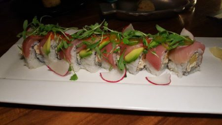 crab-and-hamachi-roll-avocado-mango-tobiko-lime-2