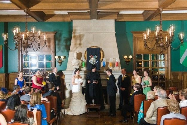This Harry Potter Theme Wedding is Every Geeks Dream 28
