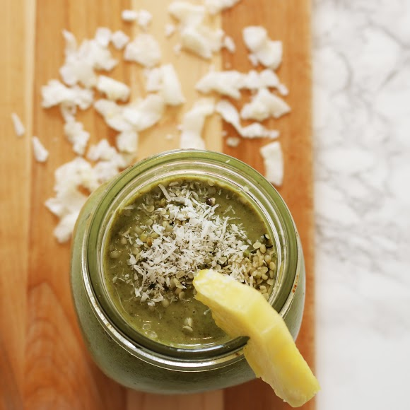 pineapple matcha smoothie