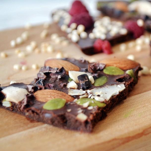 Homemade healthy vegan dark chocolate bar