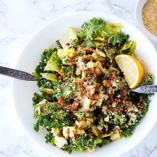 vegan caesar salad with tempeh bacon