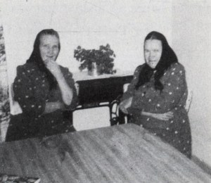 Grandmother Maria Plett Loewen visiting with David K. Klassen's wife. Photo Credit Blumenort, 195. Maria is to the left in the photo. Photo Credit: Royden Loewen, Blumenort, 19.