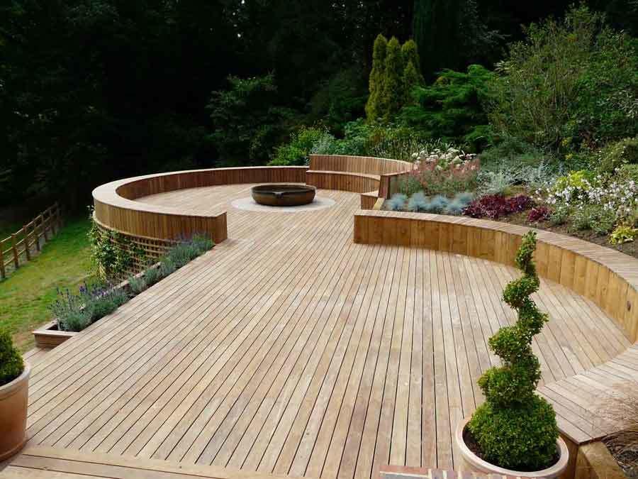 Pleveys Landscape Gardeners & Gardening Service In Doncaster