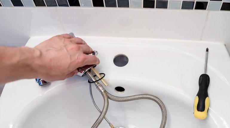 Plombier-sanitaire