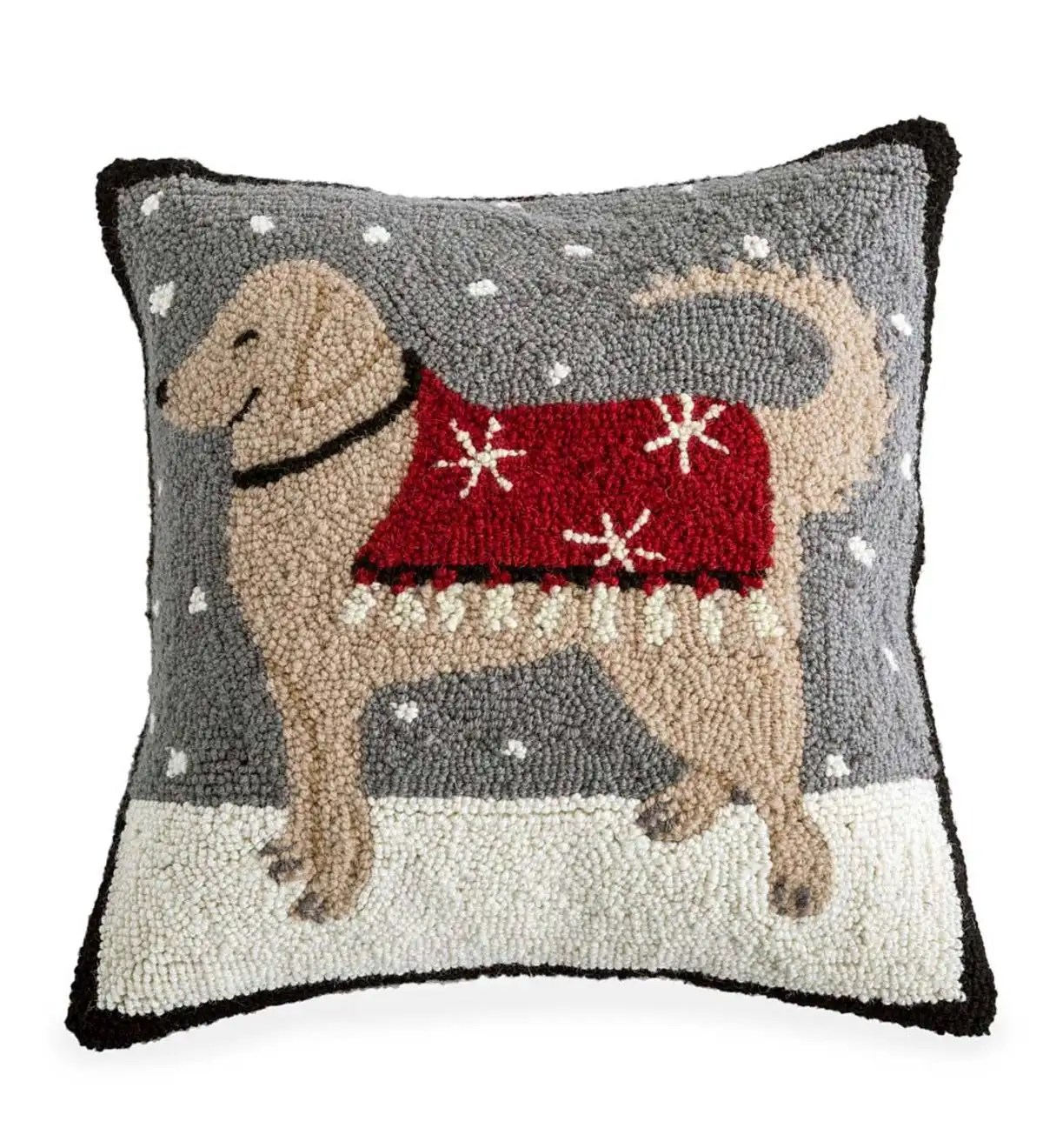 https www plowhearth com en holiday pillows 26 accent rugs hand hooked wool retriever snow day throw pillow p 52a67
