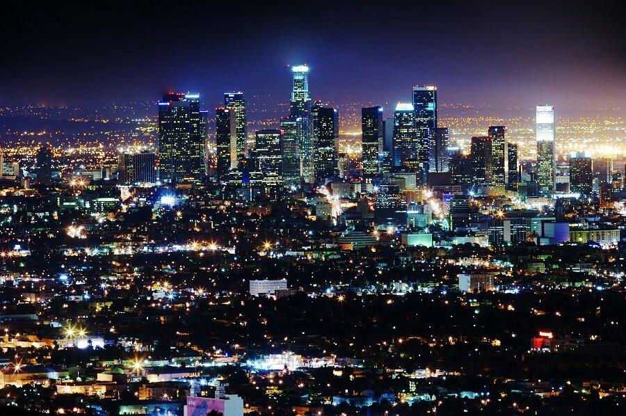 Philips y su apuesta por ciudades con iluminación inteligente