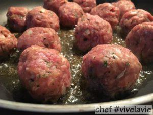 Pasta met 'cheesy meatballs'