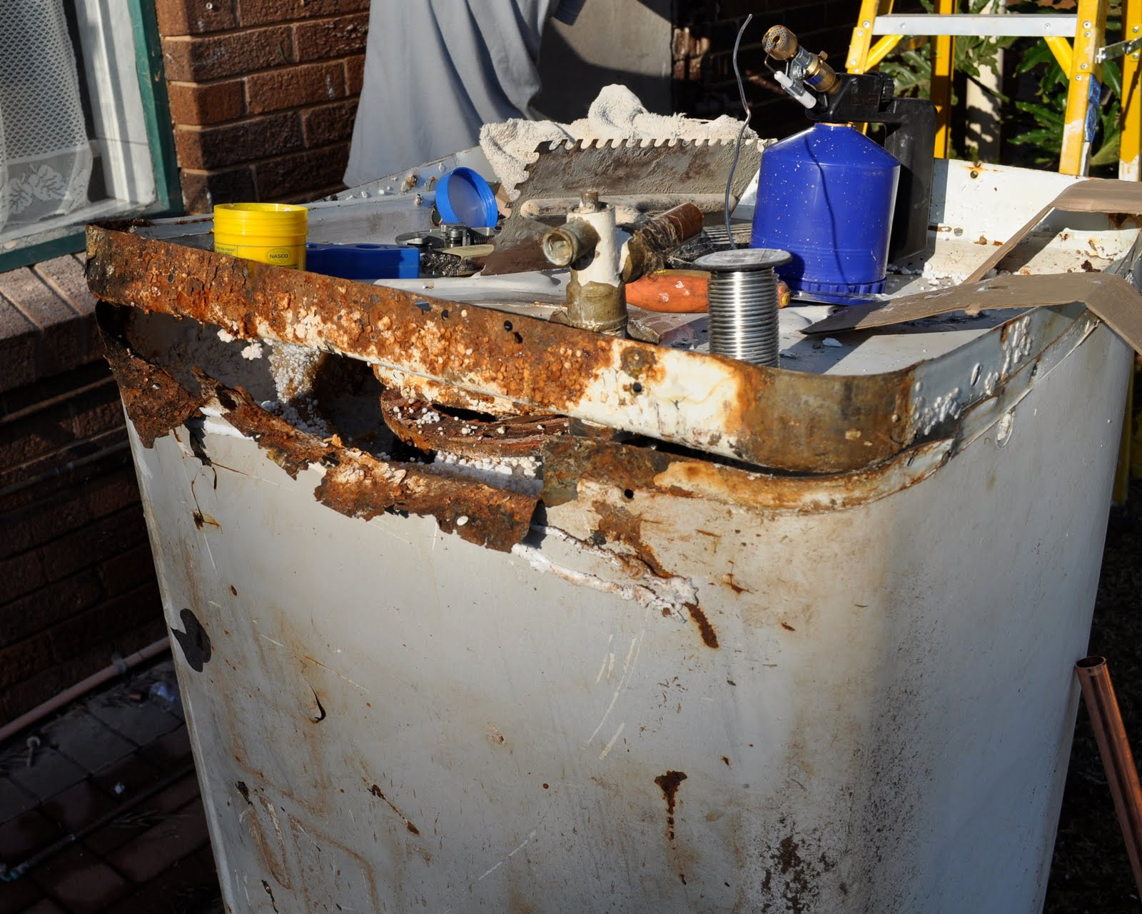 Common geyser problems  Professional Plumbing Services