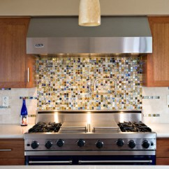 Kitchen Backsplash Glass Tiles Quarter Sawn Oak Cabinets How To Install A Tile Diy Blog Greasy Or Sauce Laden Splashes Are Pain Clean Off Of Painted Walls But With Properly Installed Cleanup Is Breeze