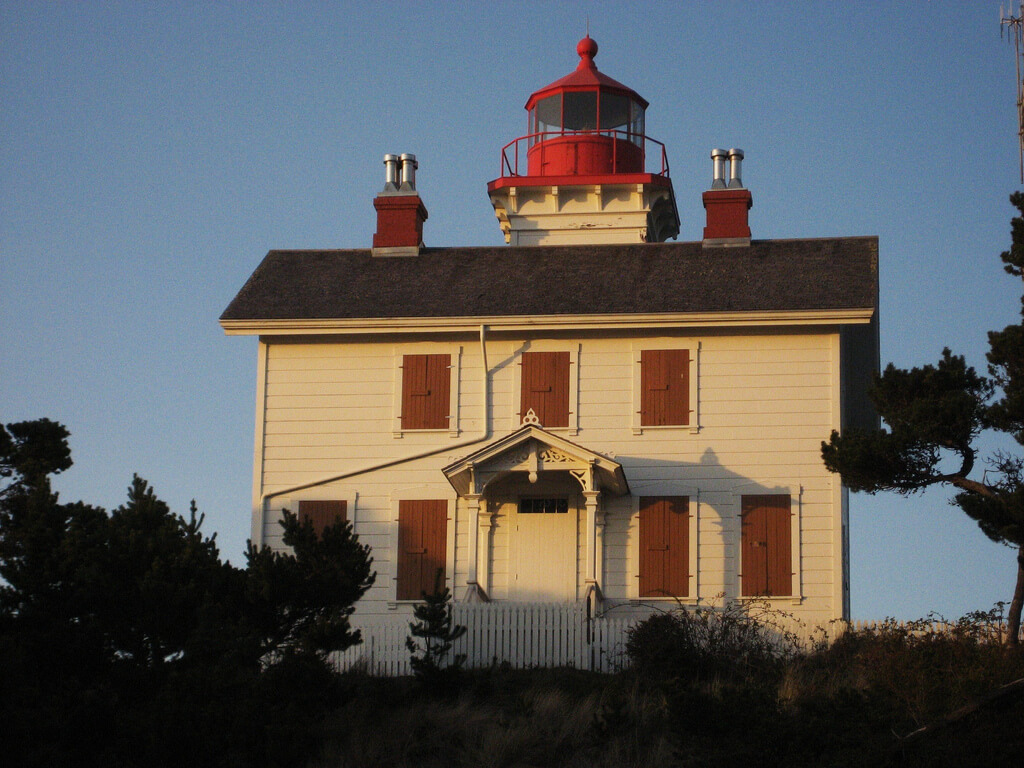 The 11 Beautiful Lighthouses In Oregon