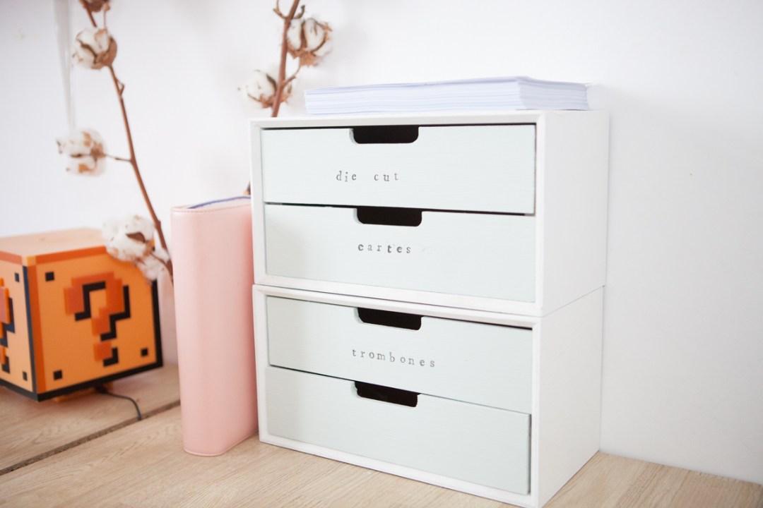 Un meuble tiroirs pour mon bureau plume picoti plume for Petit meuble trois tiroirs