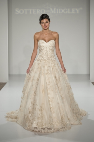 Loverly Wedding Gown 3