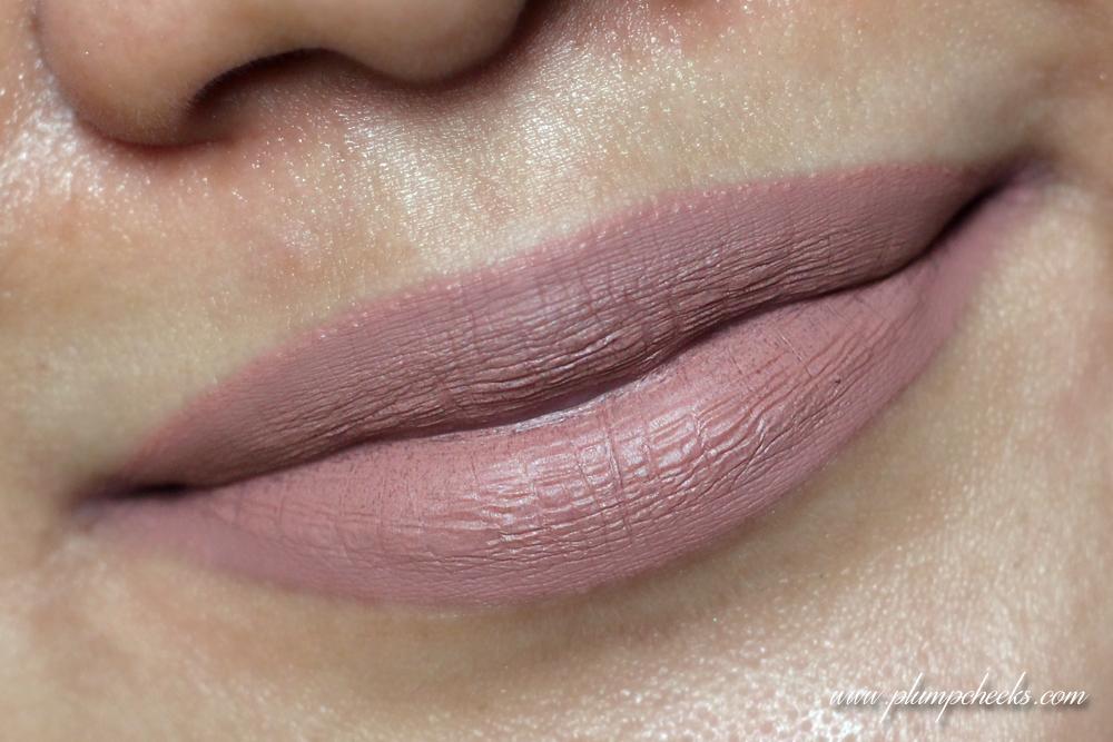 Jeffree Star Velour Liquid Lipstick in Celebrity Skin