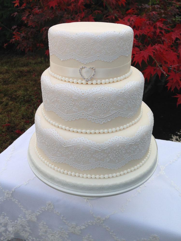 Celebration Cakes Wedding Cakes Colchester Ipswich