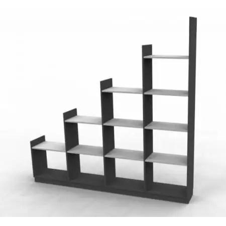 rangement sous escalier ou sous pente