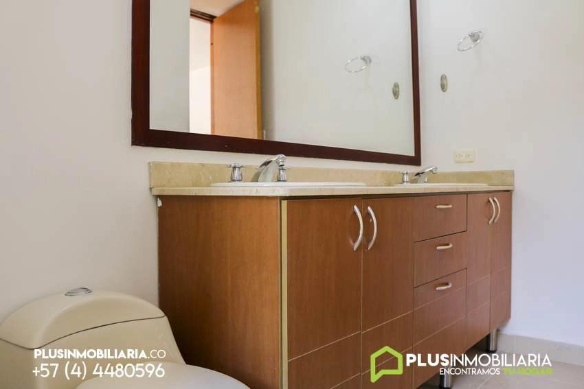 Apartamento en Alquiler   Milla de Oro   El Poblado   C110