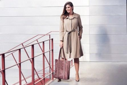 Plus-Size-Mantel von Liz Akueson