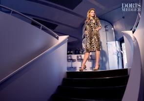 Pack den Tiger auf das Kleid I Curvy Mode von Doris Megger