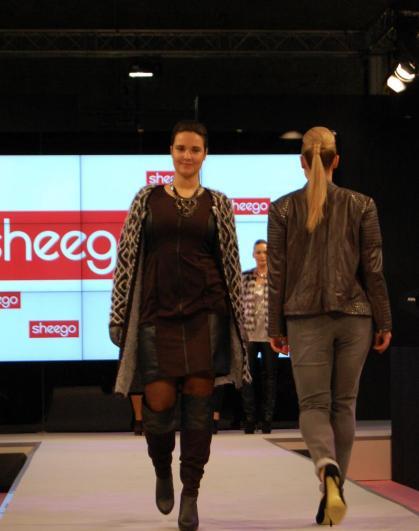 Plussize-Mode von Sheego - Bild: PlusPerfekt.de