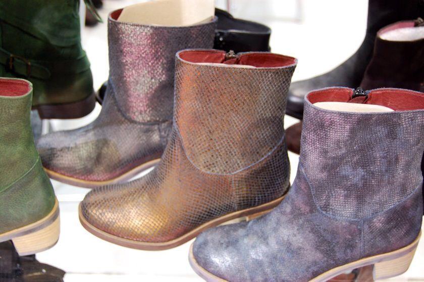 JJ Footwear: Stiefeletten in Plussize - Bild: plusperfekt.de