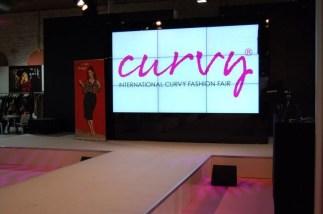 Runway auf der Curvy-Fashion-Fair - Bild: PlusPerfekt.de