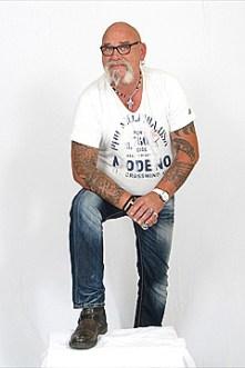 Peter I Er steht in der Endrunde bei der Wahl zum Mister Plus Size Germany 2015
