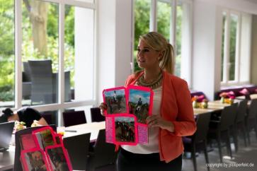 Beim Casting zur Wahl der Fräulein Kurvig im Indigo-Hotel in Düsseldorf