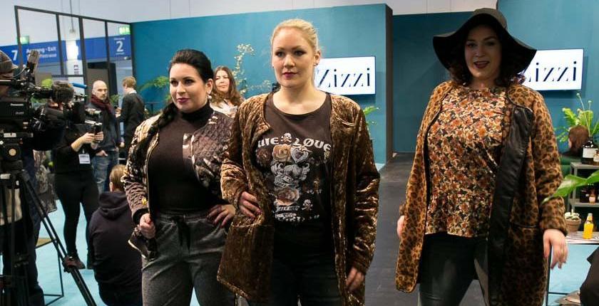 v. l. n. r. Sarah Stoll, Sabrina Knipp, Laura Goymann