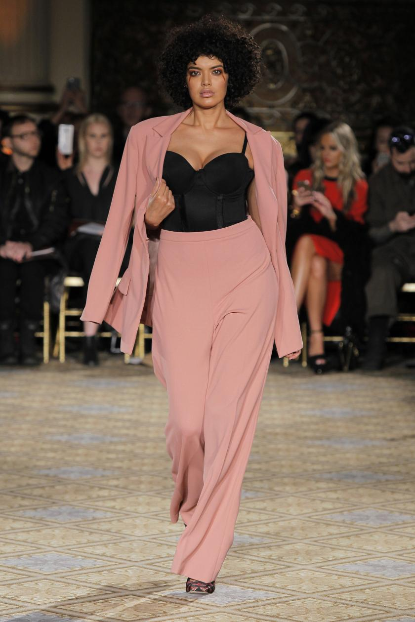 Zweiteiler in Rose I Plus Size Fashion II Two-Piece in Rose by Christian Siriano I New York Fashion Week