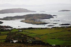 Sonne und Regen wechseln sich in Irland ab
