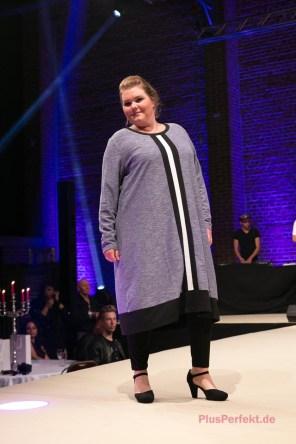 Kleid für Curvys | Credits: PlusPerfekt.de