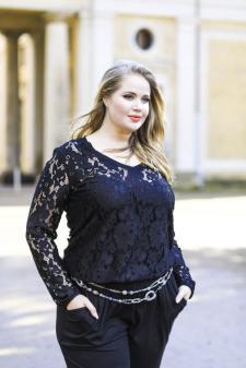 Plus Size Mode von Ilka Bessin | Bild: Bessin - Das Modelabel