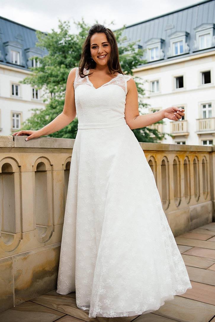 Brautmoden-Trends 20: Boho-Style und Vintage-Looks für Curvys