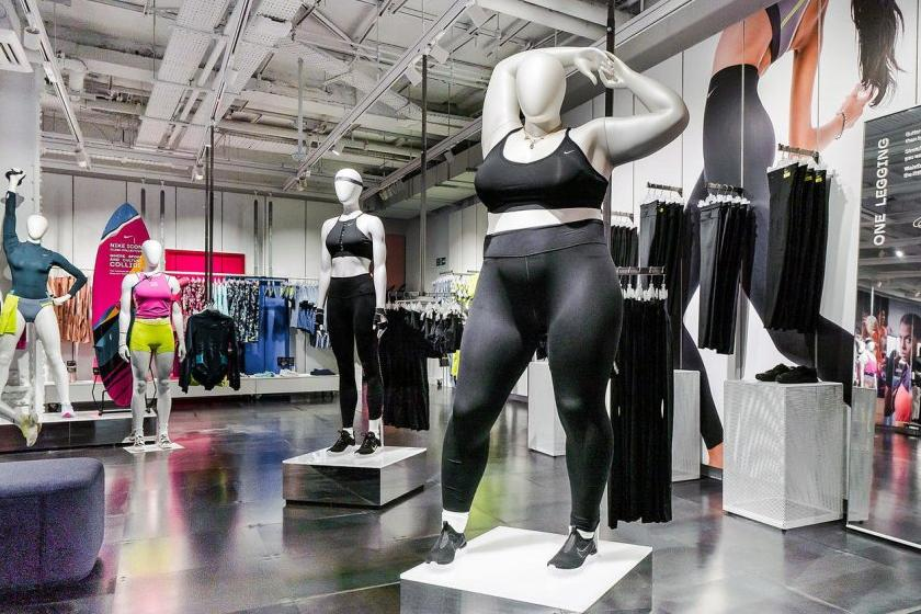 Curvy Schaufensterpuppe | Nike Flagshipstore in London | Credits: Nike PR
