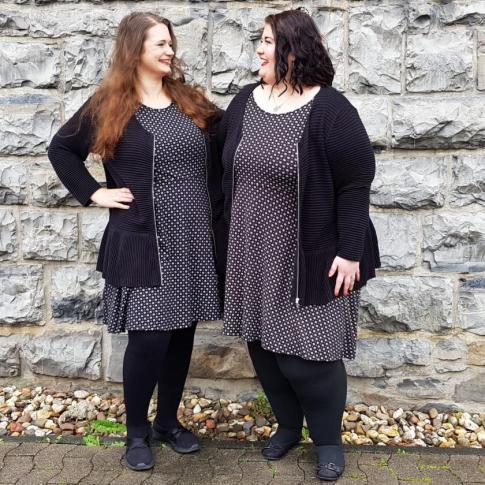 Jasmine und Britta - die Freundinnen tragen gerne Partnerlook