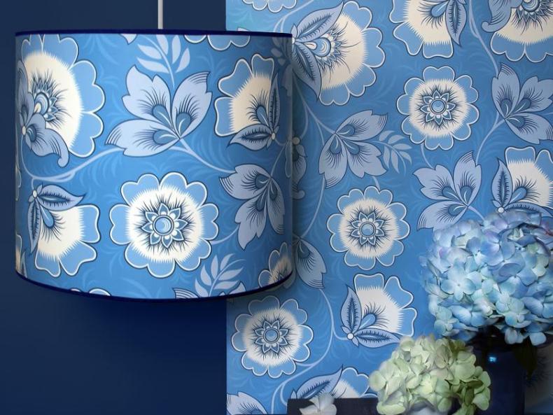 Lampe und Tapete von Olenka Design | Credits: Olenka