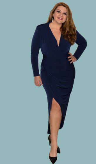 Liz T aus der Plus Size Mode Kollektion Dina-Line von Dina Wacker