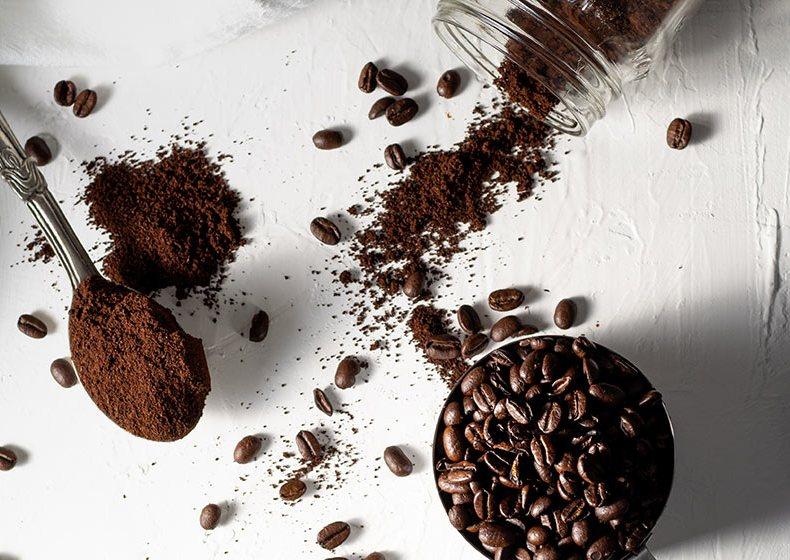 DIY: Kaffee-Kokos-Peeling
