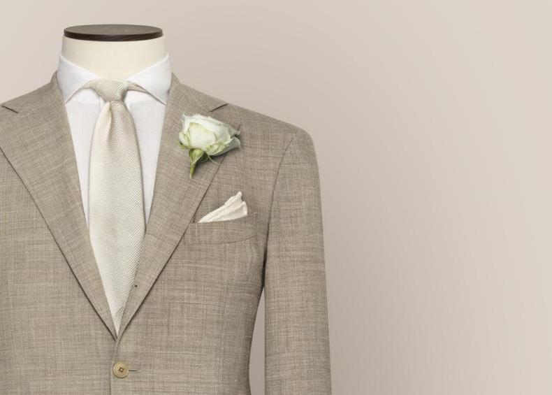 Elfenbein für den Bräutigam | Hochzeitsanzug von KingsmanHouse